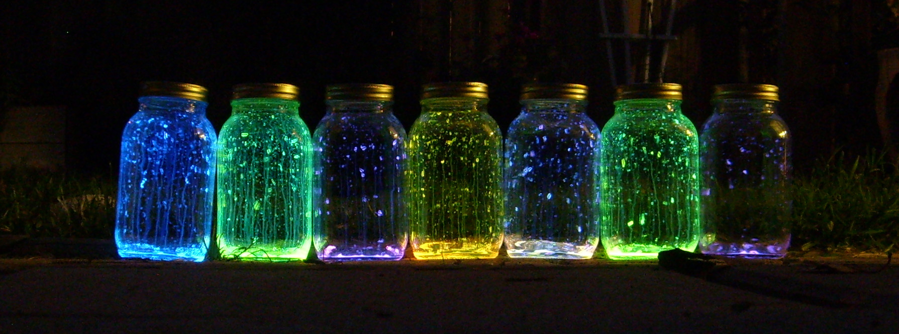 Very Best DIY Glow Stick Jars 1789 x 666 · 379 kB · jpeg